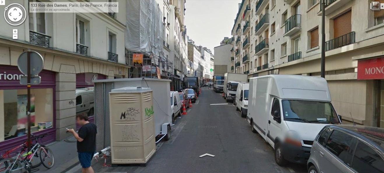 Sobre la calle Rue des Dames