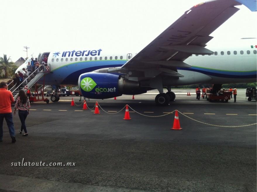 Interjet en el Aeropuerto Internacional de Bahías de Huatulco (HUX).